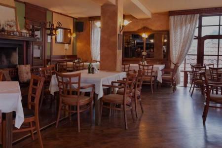 dining room layout header