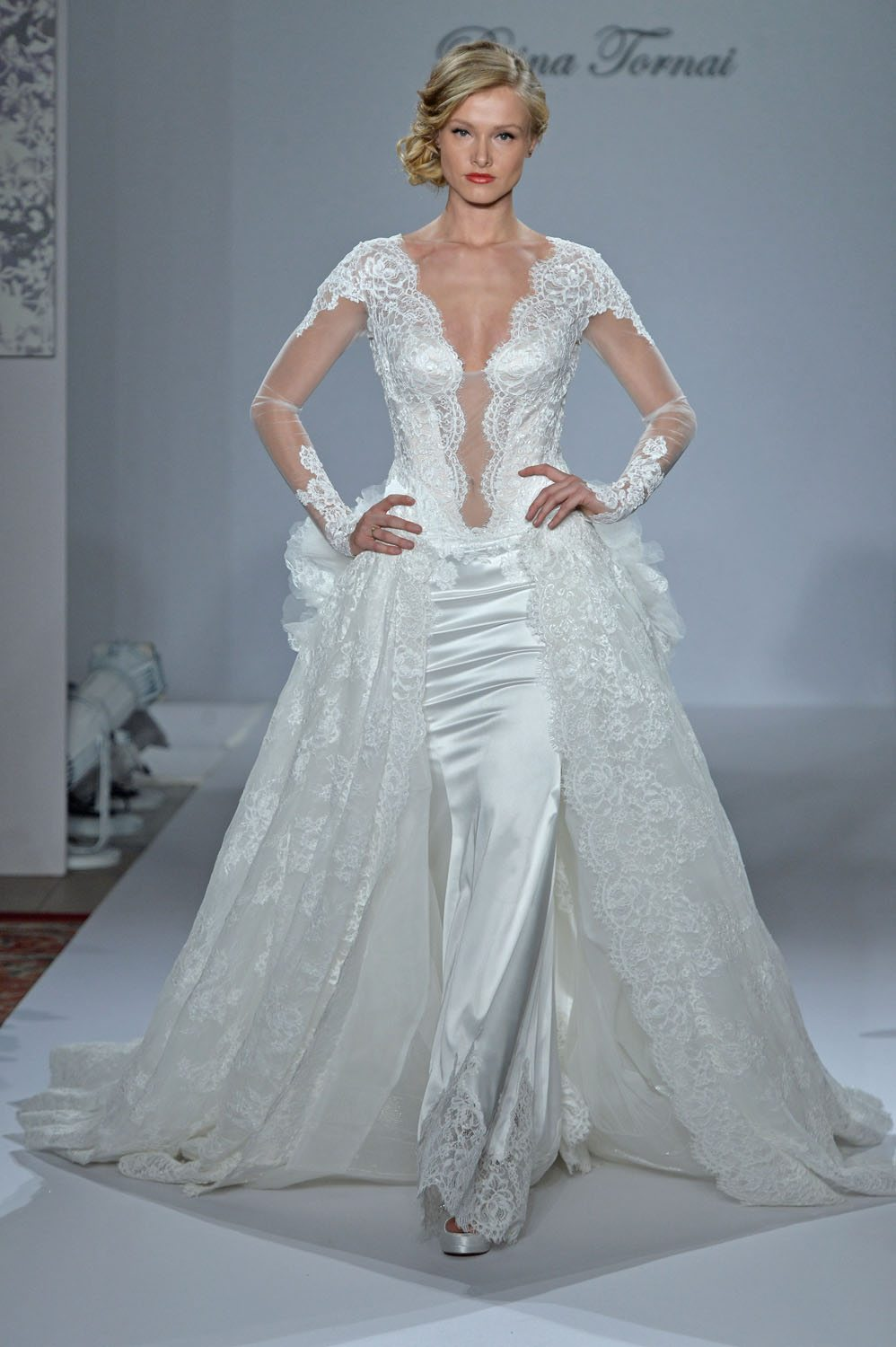 the top wedding dress trends for fall trending wedding dresses