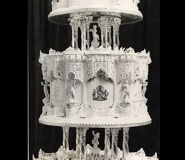 The official wedding cake