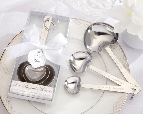 Choosing The Right Wedding Favors