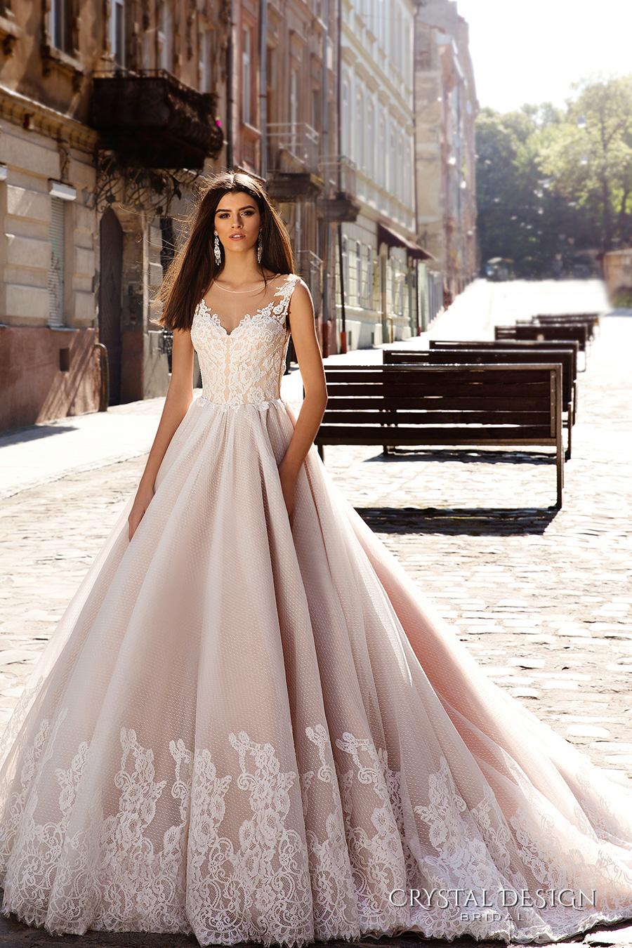 crystal mermaid wedding dress uk swarovski wedding dress White Crystal Mermaid Wedding Dresses With Sweetheart Satin