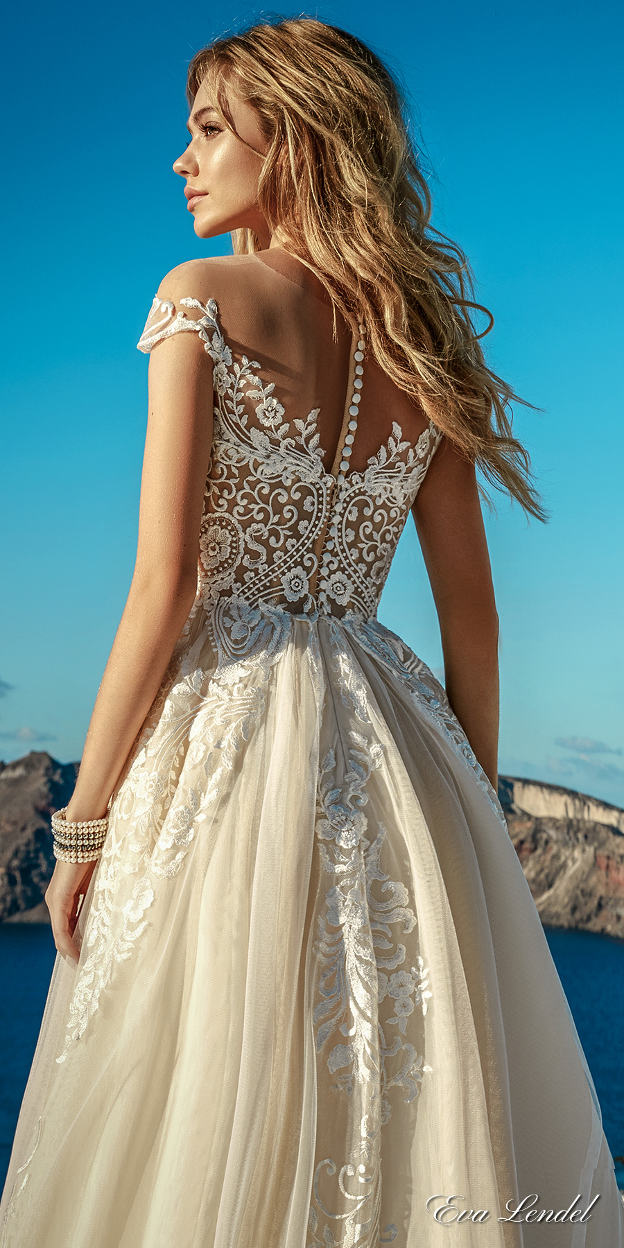 Eva lendel 39 s 2017 bridal collection crazyforus for Ivory color wedding dress