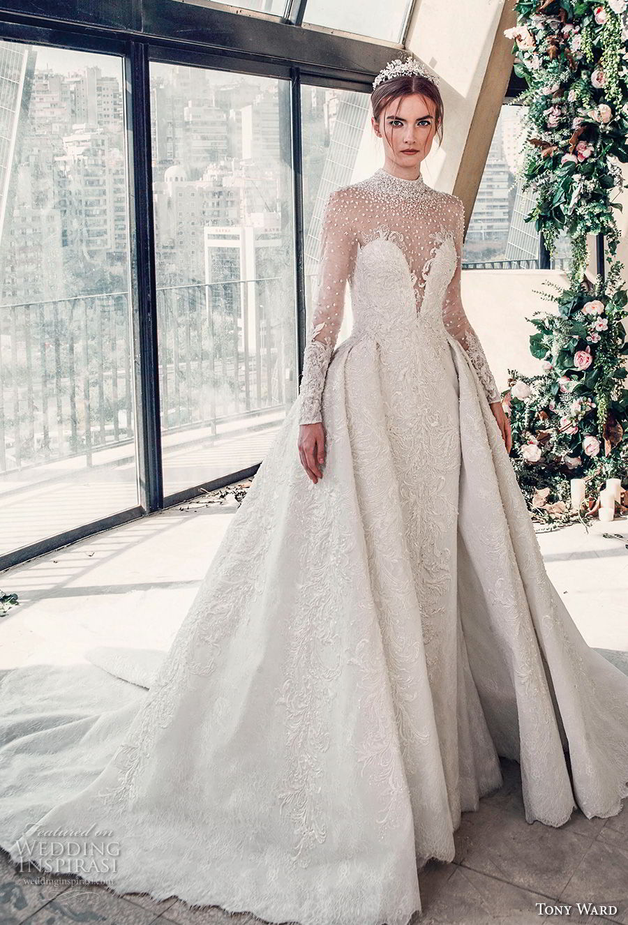 tony ward mariee 2019 long sleeves illusion high neck deep sweetheart neckline full embellishment princess ball gown a line wedding dress chapel train (3) mv