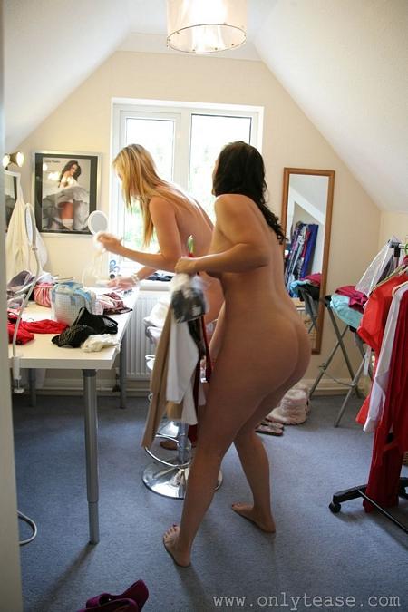 hot naked girls in dressing room