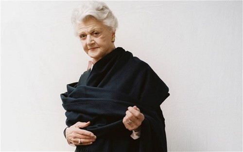 angela_lansbury_old_in_black_dress