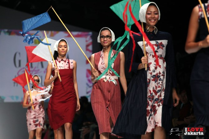 Iwet Ramadhan and Andien_Jakarta Fashion Week 2015_Senayan City_Tasha May_we love jakarta_welovejakarta.com_fashion designers indonesia
