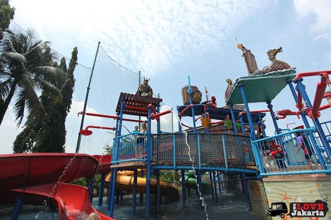welovejakarta_tasha may_we love jakarta_swimming in Jakarta_what to do in jakarta_Pondok Indah Water Park_PIM Waterbom