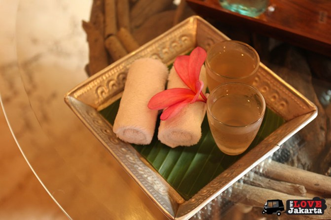 tasha may_welovejakarta_we love jakarta_Spa Treatment Jakarta_Jamu Traditional Spa Cipete_lemongrass tea