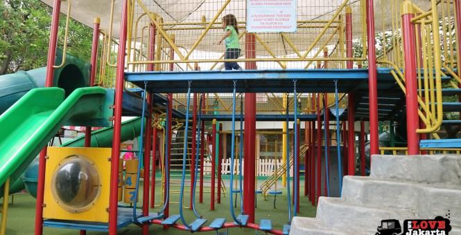 climbing equipment_we love jakarta_playparq kemang_tasha may_jakarta with kids_jakarta indonesia