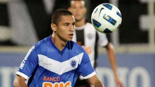 wellington paulista from cruzeiro