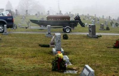 The Internet Joke, The Funeral Procession.