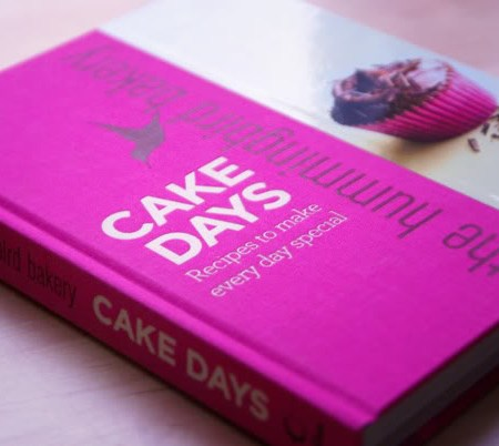 Reading: The Hummingbird Bakery – Cake Days