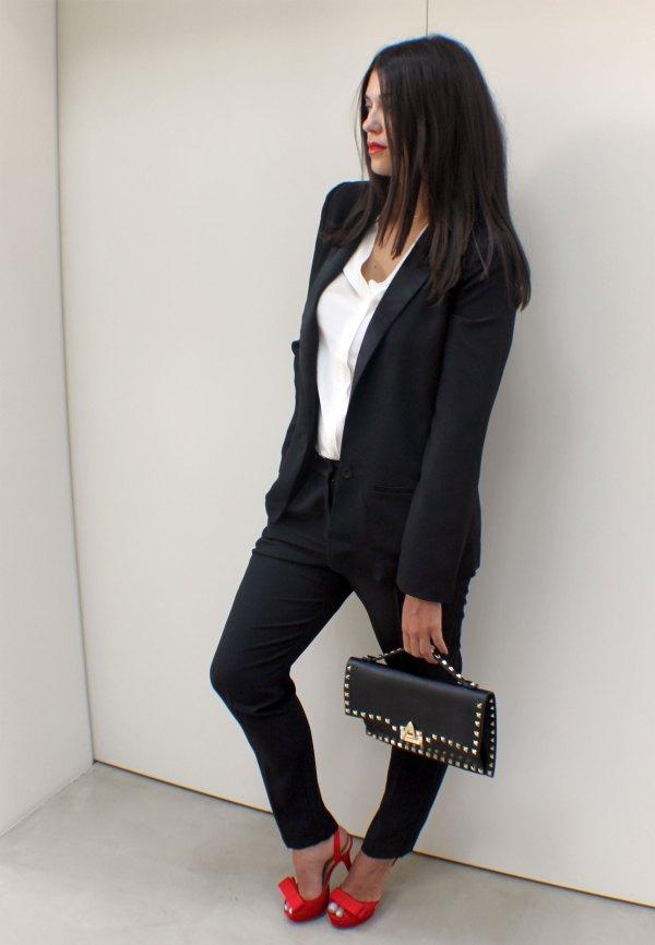 what_to_where_berenice_tuxedo