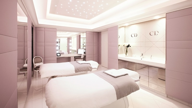 Dior Institut double VIP room HR LR2