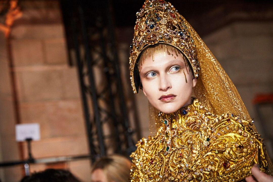 Guo-pei-haute-couture-what-to-where-ambra-vernuccio