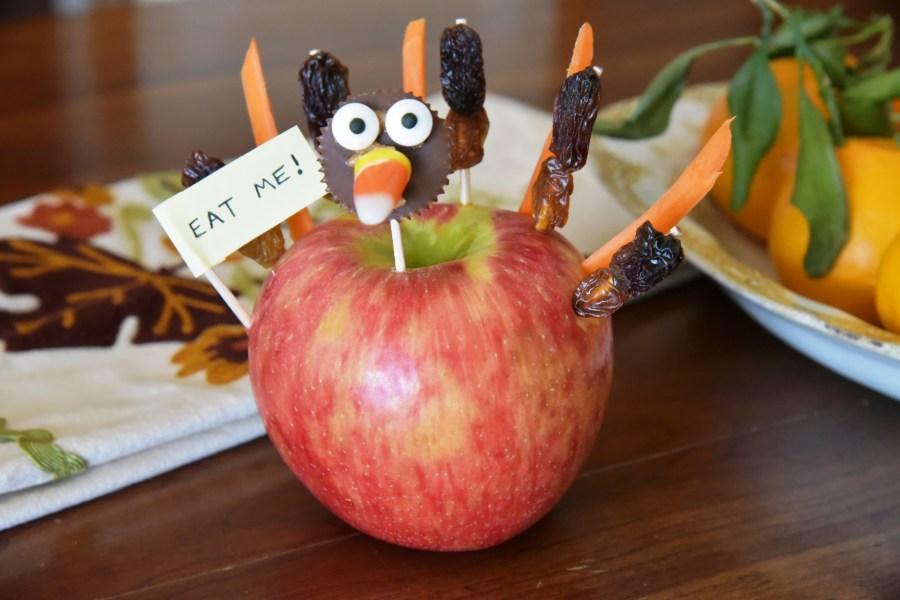 Thanksgiving Apple Turkey Recipe: Edible Decoration