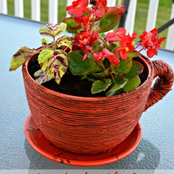 repair a broken planter, fix a broken ceramic planter with rope