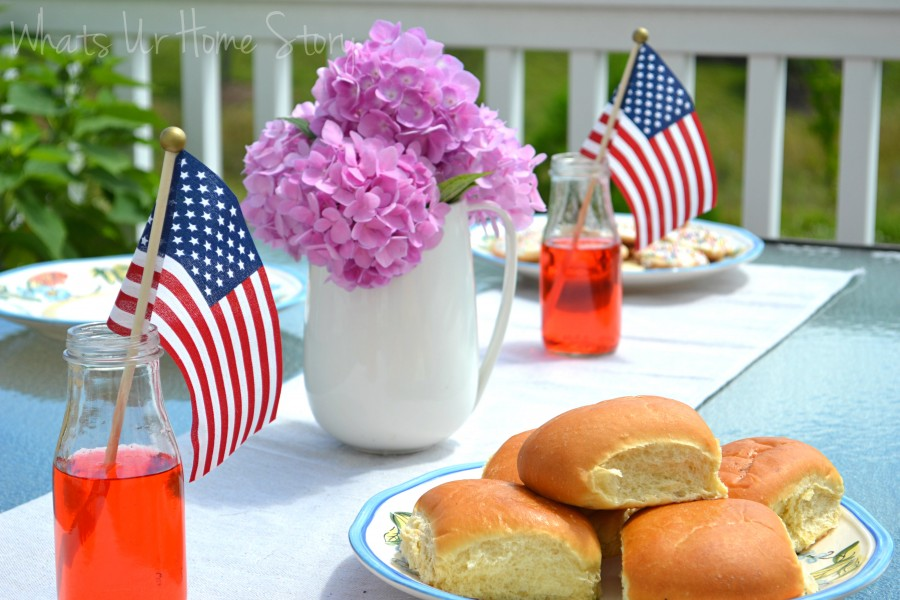 Whats Ur Home Story: Easy July 4 decorating