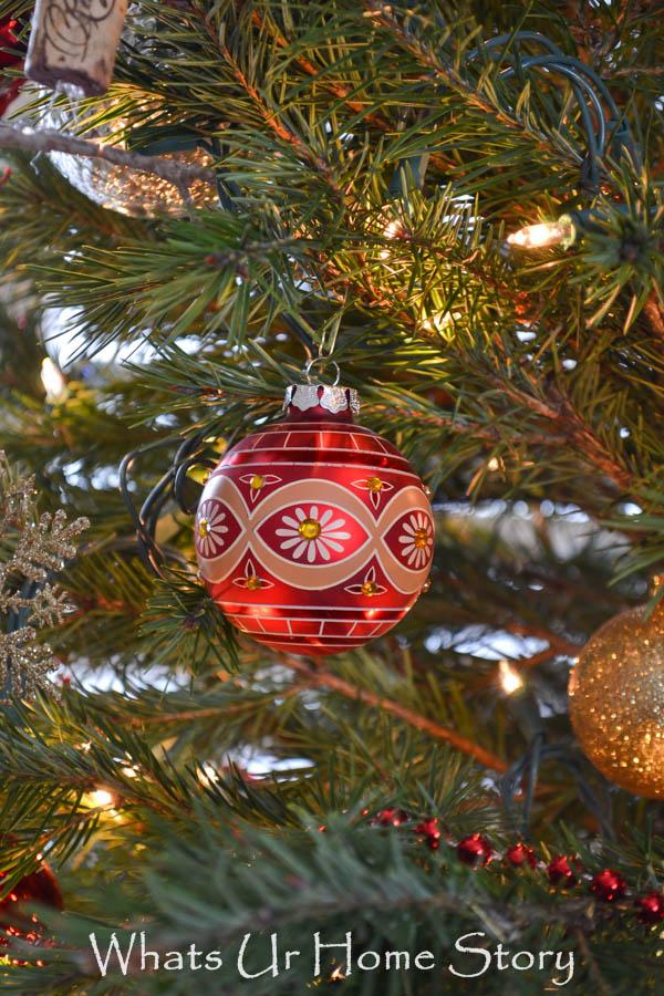 Red Oriental Ornament