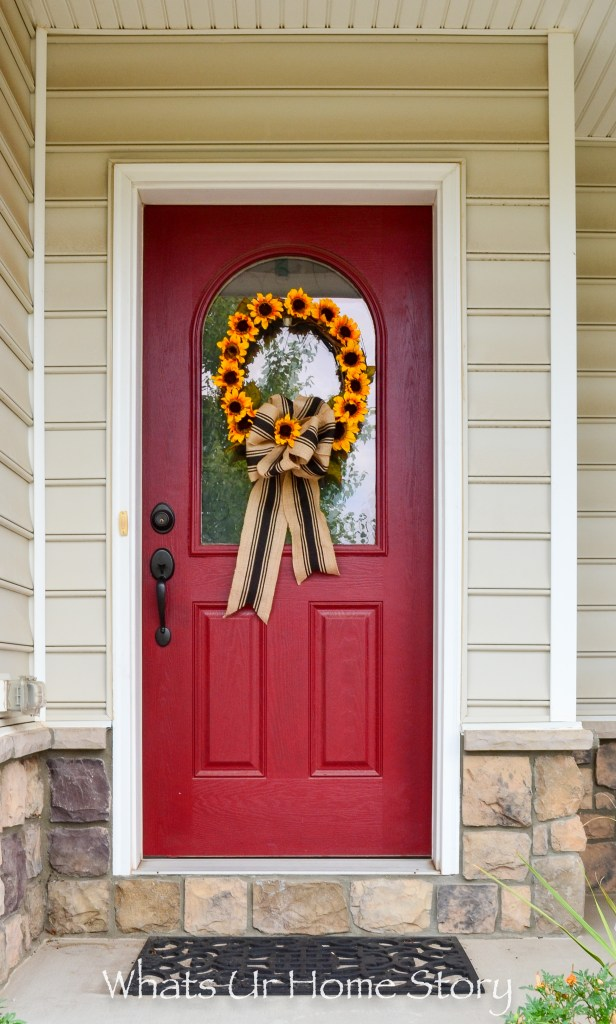 step-by-step-tutorial-on-how-to-make-a-sunflower-wreath