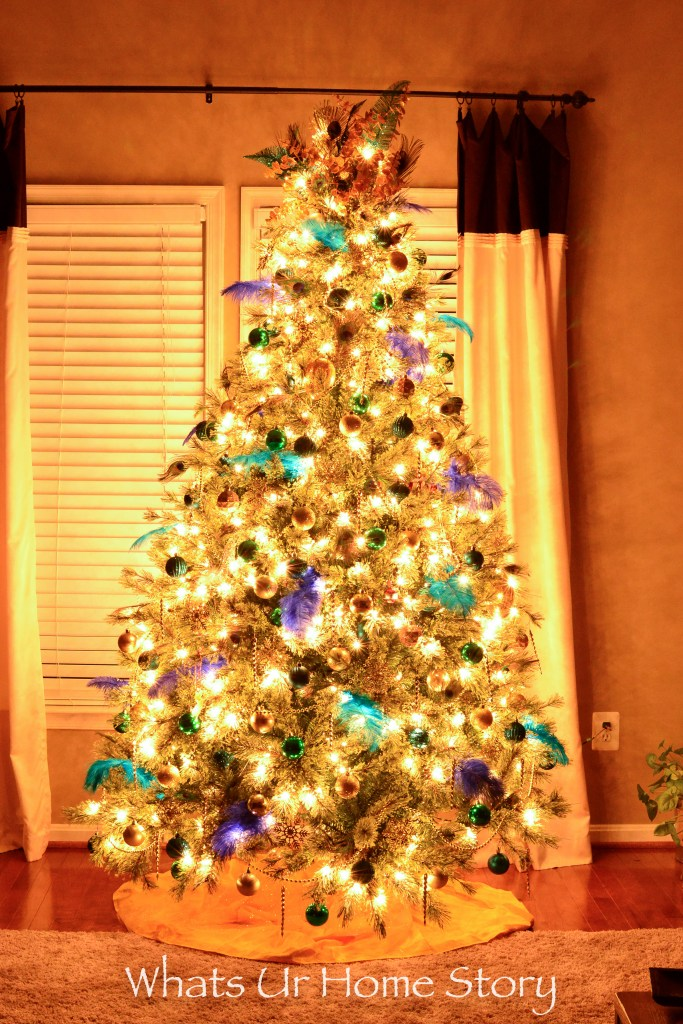 go-unique-this-christmans-with-a-peacock-themed-christmas-tree