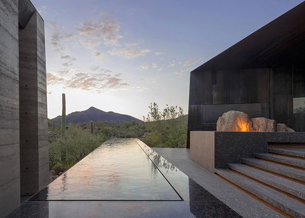 Desert Courtyard House