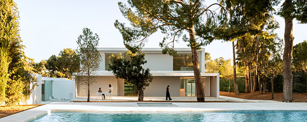 House Between the Pine Forest, Valencia