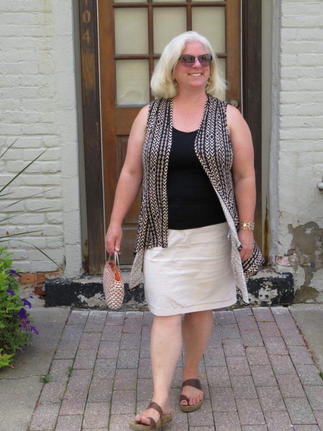 Sleeveless vest for the summer!