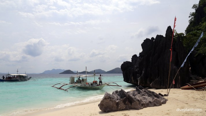 1729-One-of-the-many-beaches-where-you-can-have-lunch-at-Lunch-Stop-Beach-diving-Coron-Palawan-Philippines-DPI-1729