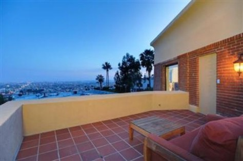 Terrace at 2700 Glendower, Image courtesy Redfin