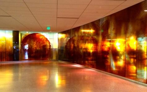 Corridor, Seattle Tacoma Airport, Photo Romi Cortier