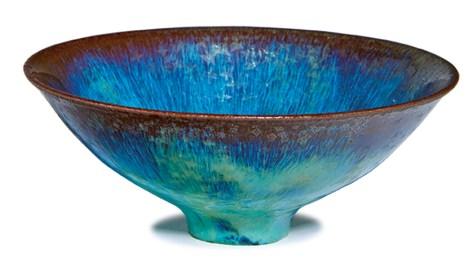 Lot 255, Gertrud & Otto Natzler, Green Crystalline Glazed Bowl, $3,000 - $5,000, Image Courtesy LAMA