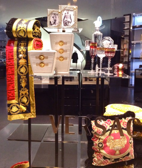 Versace, Rodeo Drive, Beverly Hills, Holiday 2015, Photo Romi Cortier