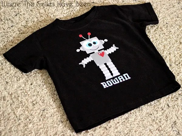 Valentine Robot Shirt with Print and Cut Heat Transfer Vinyl