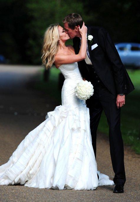 embarrassing wedding dress malfunctions