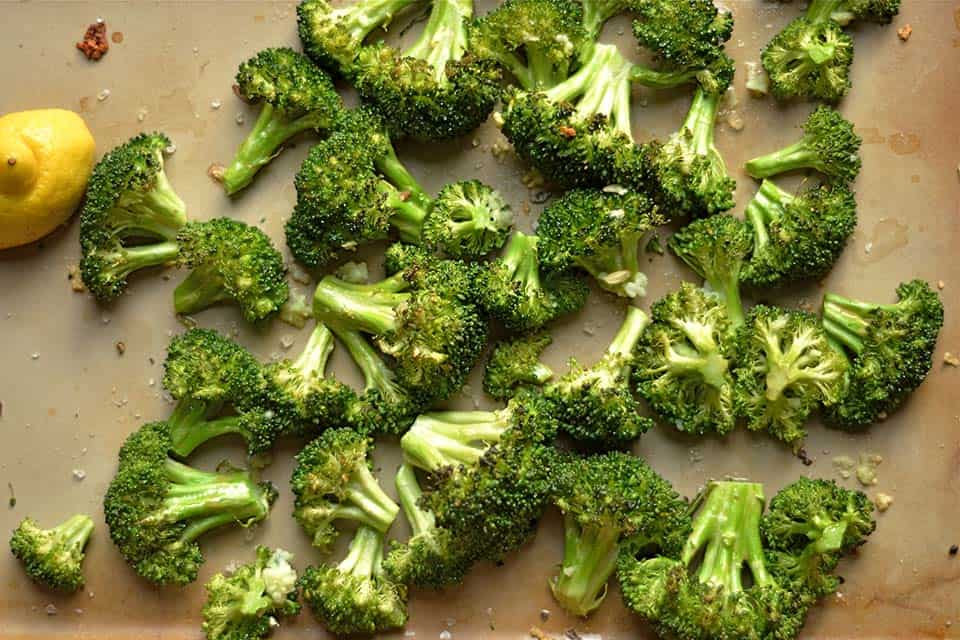 Roasted Broccoli with Garlic and Lemon is a simple and tasty way to ...