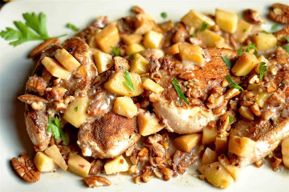 creamy-spiced-apple-pecan-chicken-3