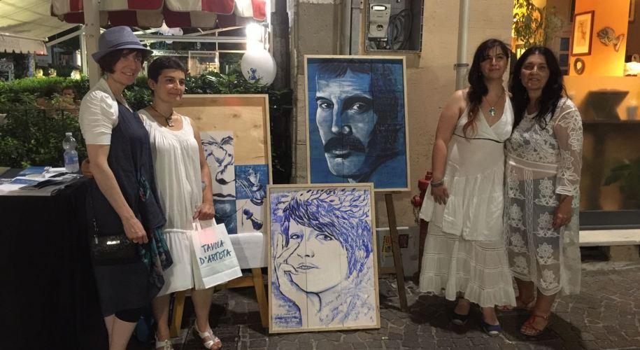 """Monica Porro e Laura Di Fonzo in """"Tavola d'Artista"""" durante la Notte Bianco&Blu 2017"""