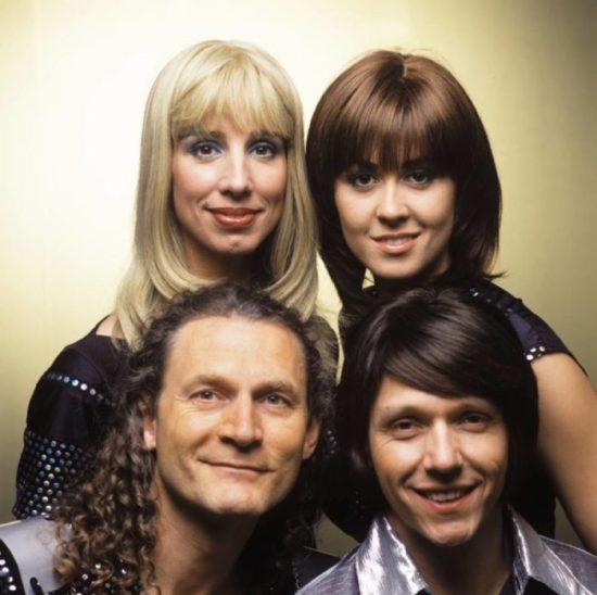 Glam und Glitzer! ABBA99 im Musikpavillon Bad Wildungen
