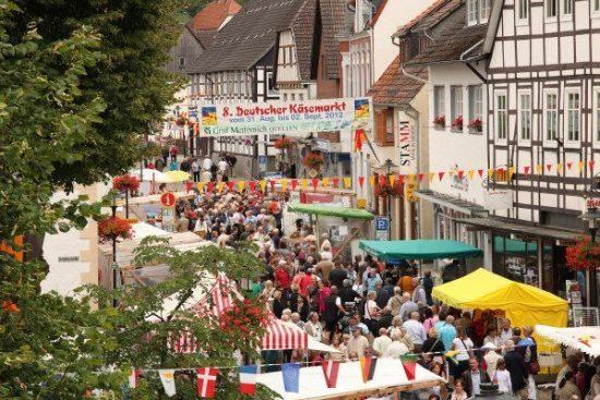 Schlaraffenland in Nieheim: Deutscher Käsemarkt feiert seine 10. Auflage