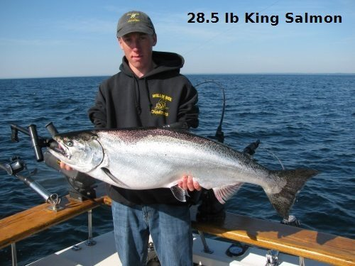 Willie bee charters two rivers manitowoc charter fishing for Salmon fishing wisconsin