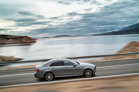 Mercedes's New E-Class Kinda Drives Itself—And It's Kinda Confusing