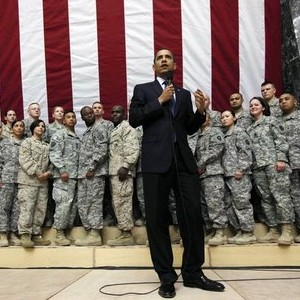 obama_with_military