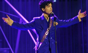"""** FILE ** Prince performs during the 46th Annual Grammy Awards in a Los Angeles, Ca. file photo from Feb. 8, 2004. The """"Purple Rain"""" singer will be honored with the 2005 NAACP Vanguard Award in a Los Angeles ceremony.  (AP Photo/Kevork Djansezian, File)"""