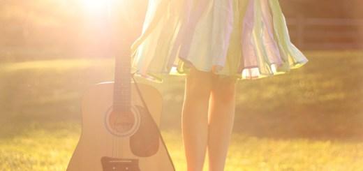 sun-guitar-girl-summer-nature