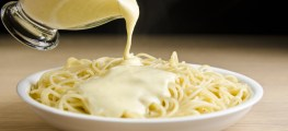 spaghetti with white sauce
