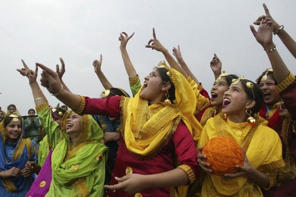 India Celebrations And Holidays India Vasant is Celebrated