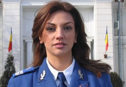 Romanian Women Accept 7