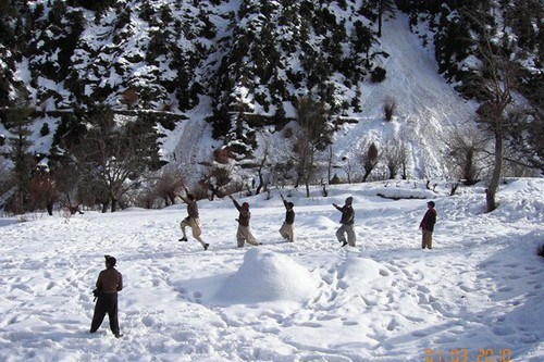 snowfall in kalash