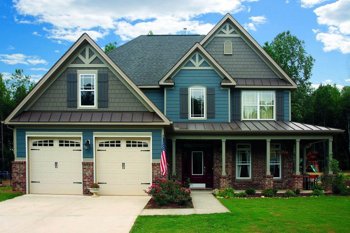 Weyerhaeuser Color Curb Appeal Drive Siding Trends